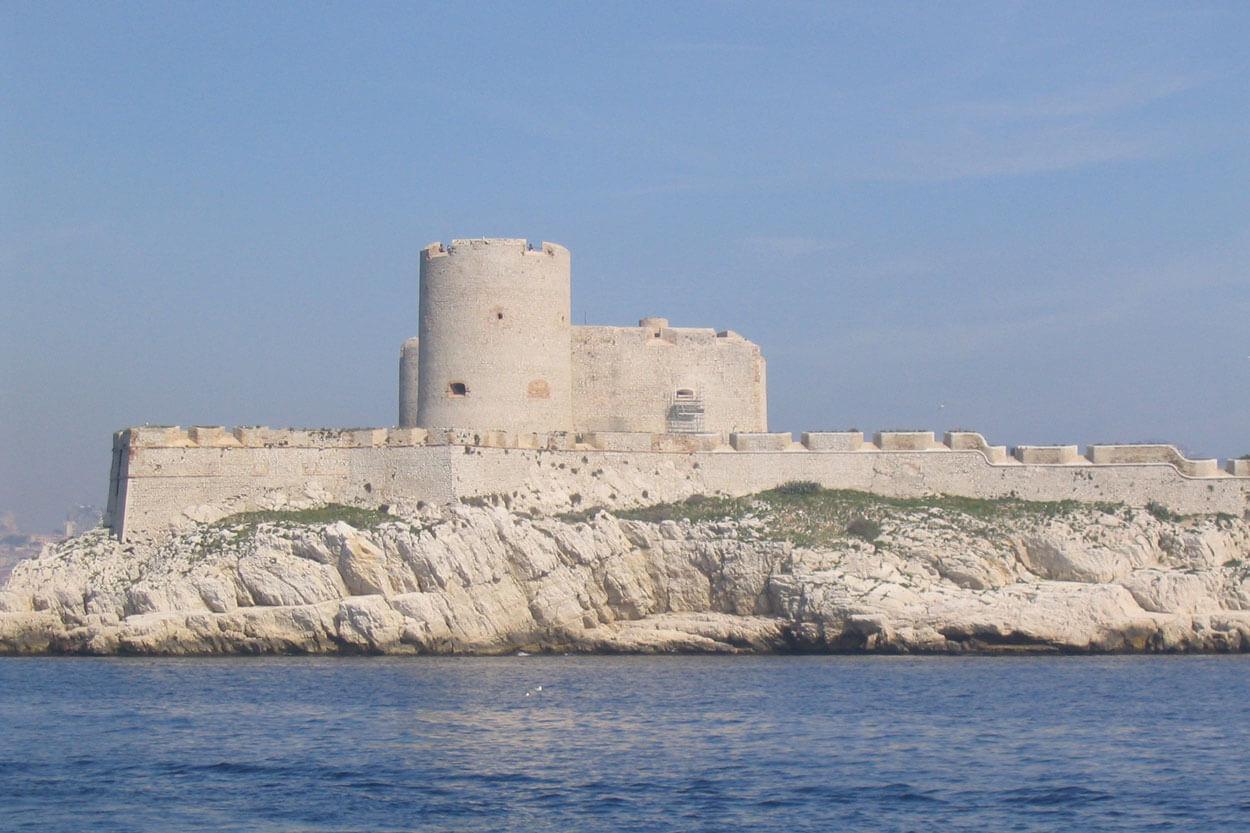 Montecristo - Welcome Charter - Boat and yacht charter - noleggio di yacht e barche