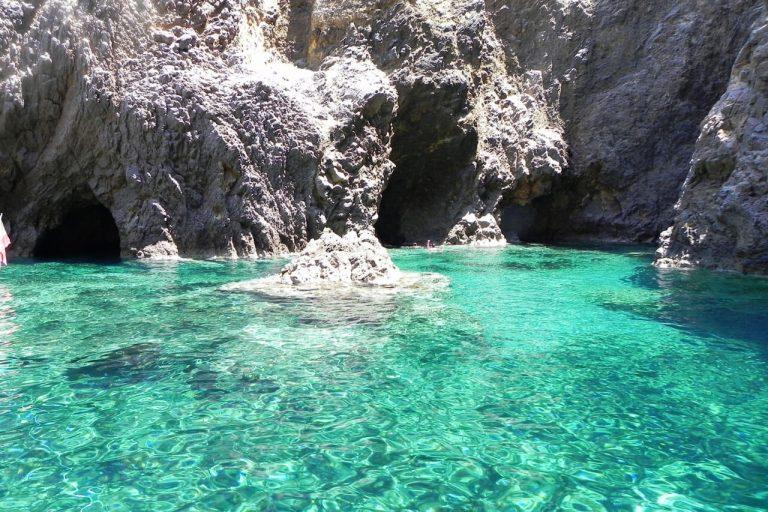 Palmarola - Welcome Charter - Boat and yacht charter - noleggio di yacht e barche