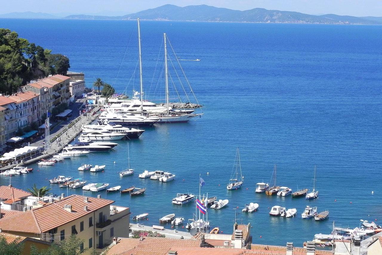 Porto Santo Stefano - Welcome Charter - Boat and yacht charter - noleggio di yacht e barche