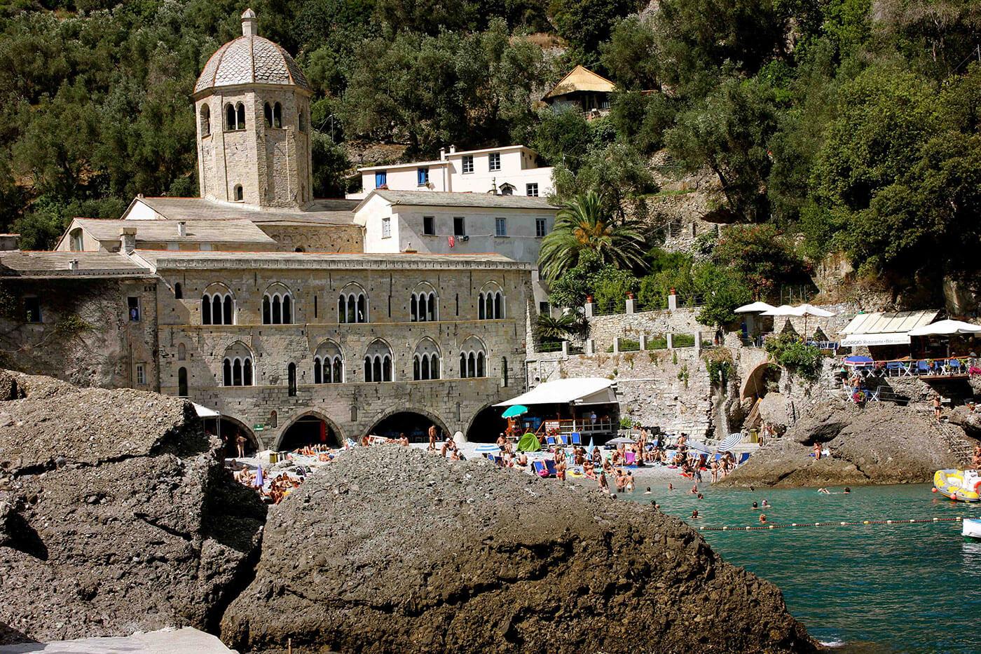 San Fruttoso - Welcome Charter - Boat and yacht charter - noleggio di yacht e barche