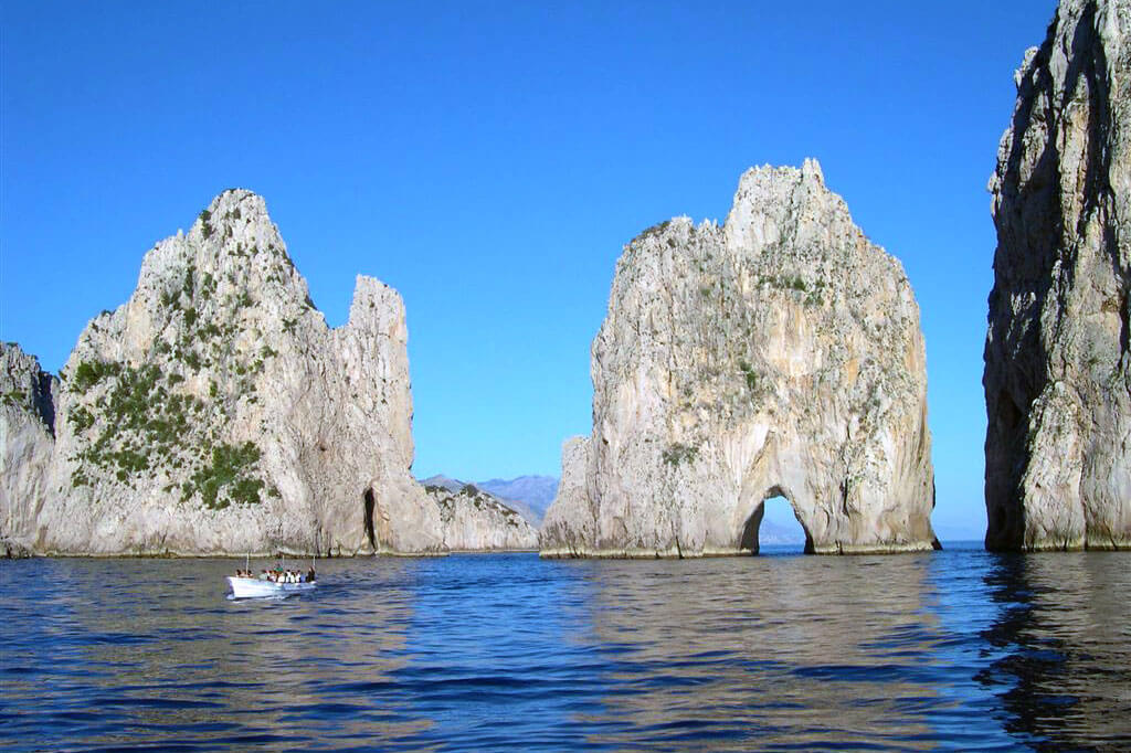 Capri - Welcome Charter - Boat and yacht charter - noleggio di yacht e barche