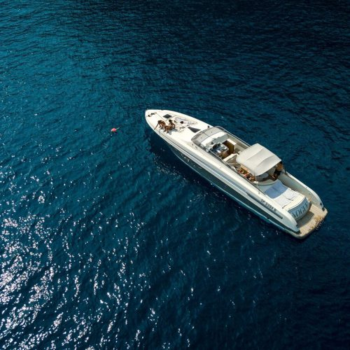 Yacht Cherokee 51′ - Welcome Charter - Boat and yacht charter - noleggio di yacht e barche